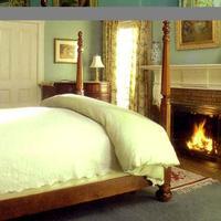 Swann House Guestroom