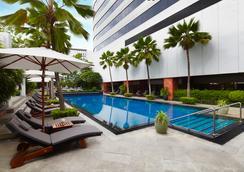 JW 메리어트 호텔 방콕 - 방콕 - 수영장