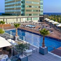 힐튼 다이아고날 마르 바르셀로나 호텔 Pool