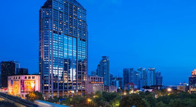 엠포리엄 스위트 바이 차트리움 - 방콕 - 건물