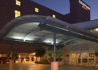 코트야드 바이 메리어트 뉴올리언스 다운타운/컨벤션 센터