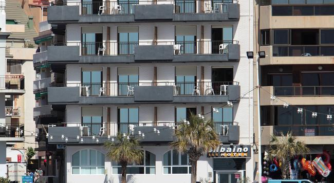 Hotel Bilbaino - 베니도름 - 건물