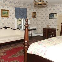 Prospect Hill Plantation Inn Living Area