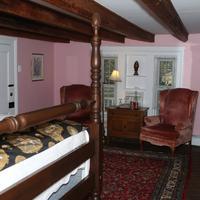 Prospect Hill Plantation Inn Guestroom