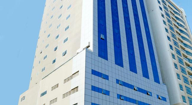 로얄 그랜드 스위트 호텔 - 샤르자 - 건물