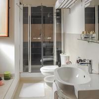 에트나 스위트 룸스 Bathroom