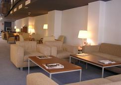 호텔 무리에타 - 로그로뇨 - 로비