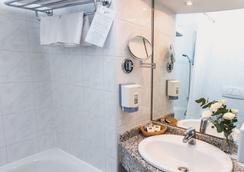 다누비우스 호텔 아레나 - 부다페스트 - 욕실