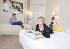 Hotel Les Alizes - 디나르 - 욕실