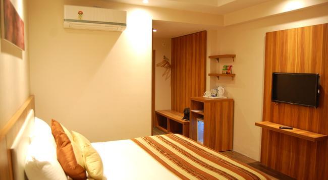 르 로이 우다이푸르 호텔 - 우다이푸르 - 침실
