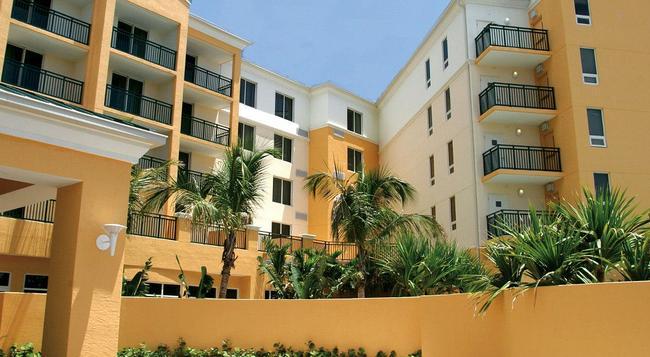 Courtyard by Marriott Miami Dadeland - 마이애미 - 건물