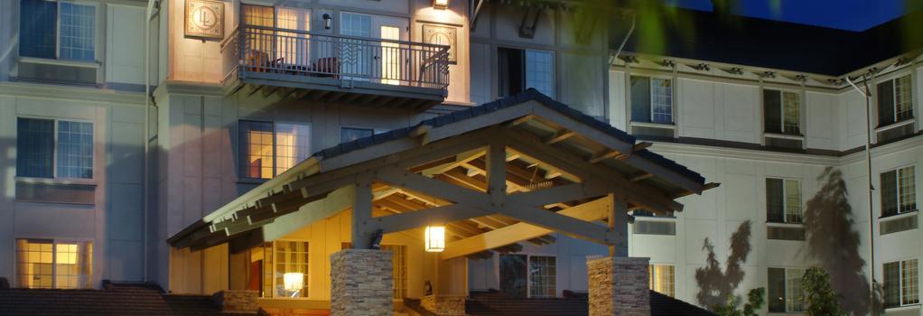 Larkspur Landing Bellevue - An All-suite Hotel - 벨뷰 - 건물