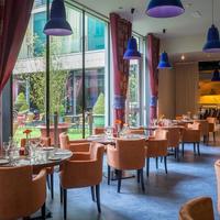 트리니티 캐피탈 호텔 Restaurant