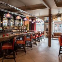 트리니티 캐피탈 호텔 Hotel Bar
