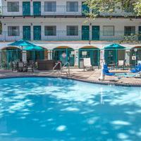 퀄리티 스위트 센트럴 코스트 Outdoor Pool