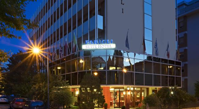 Suite Hotel Parioli - 리미니 - 건물