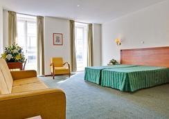 호텔 보르제스 쉬아도 - 리스본 - 침실