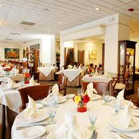 코트야드 바이 메리어트 산후안 미라마 Restaurant