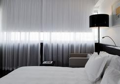 VIP 그랜드 리스보아 호텔 앤드 스파 - 리스본 - 침실