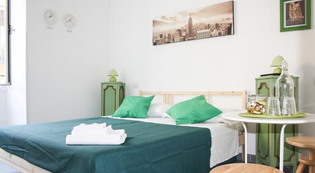 살로토 피라미데 - 로마 - 침실