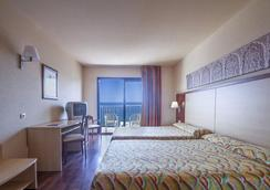 호텔 베스트 알카자르 - Almuñecar - 침실