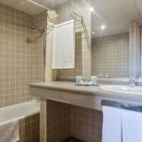 호텔 베스트 알카자르 Bathroom
