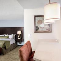 Staybridge Suites Atlanta - Midtown Guestroom