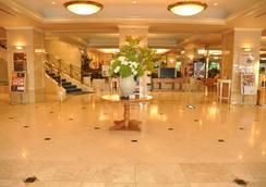 호텔 카덴자 히카리가오카 - 도쿄 - 로비