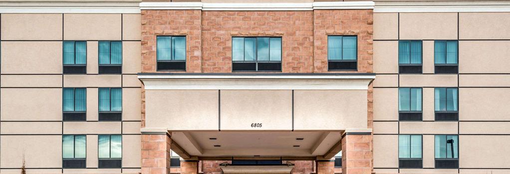 Baymont Inn & Suites Denver International Airport - 덴버 - 건물
