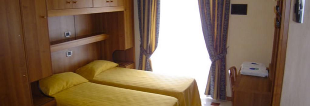 호텔 마리 2 - 로마 - 침실