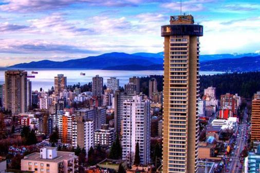 Empire Landmark Hotel - 밴쿠버 - 건물