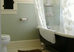 Bluebird Guesthouse - 포틀랜드 - 욕실