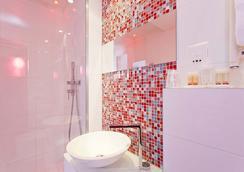컬러 디자인 호텔 - 파리 - 욕실