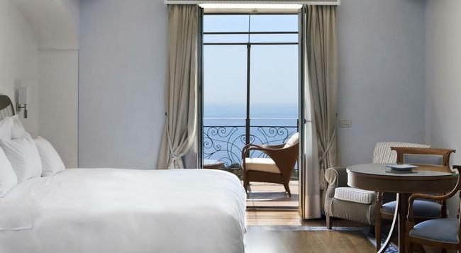 Tiberio Palace Hotel & Conference Center - 나폴리 - 침실