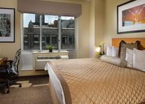 Hotel Henri-By Wyndham