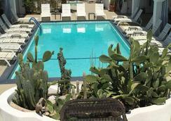 Posh Palm Springs - 팜스프링스 - 수영장
