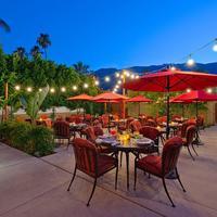 Los Arboles Hotel Outdoor Dining