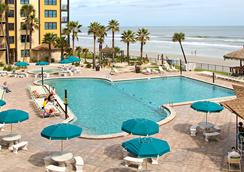 Hawaiian Inn Daytona Beach By Sky Hotels And Resort - 데이토나비치 - 수영장