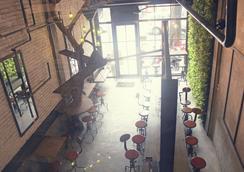 트로픽랜드 백팩커스 - 호찌민 - 레스토랑