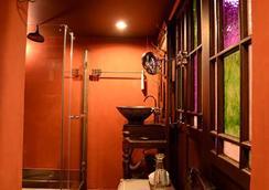 올드 캐피탈 바이크 인 - 방콕 - 욕실