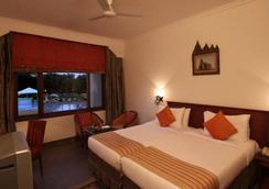 클락스 카주라호 호텔 - Khajuraho - 침실