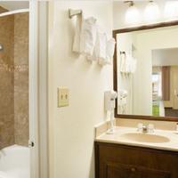 라마다 샌디에고 노스 호텔 앤 컨퍼런스 센터 Bathroom