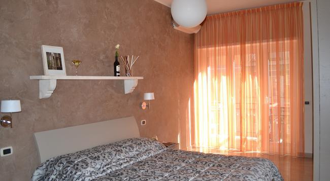 Gemelli Rooms - 로마 - 침실