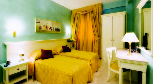 호텔 브라이트 - 로마 - 침실
