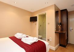 엘리제 호텔 - 하이드 파크 - 런던 - 침실