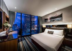 The Continent Bangkok by Compass Hospitality - 방콕 - 침실