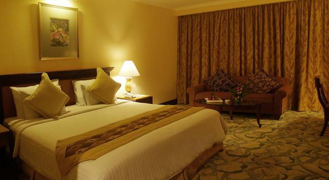 애스톤 트로피카나 호텔 반둥 - 반둥 - 침실