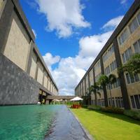 애스톤 덴파사르 호텔 앤 컨벤션 센터 Pool View Aston Denpasar Hotel & Convention Center