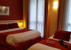 호텔 레 시게일스 - 니스 - 침실
