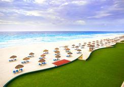 더 로열 캐리비안 - An All Suites Resort - 칸쿤 - 해변